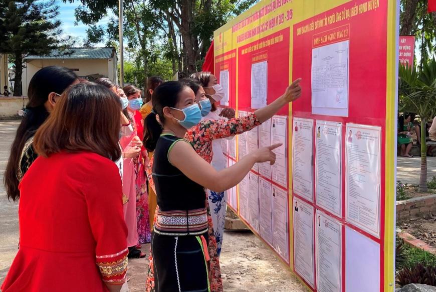 4.233 người ứng cử đại biểu Quốc hội và HĐND các cấp